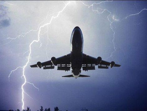 bad weather aiplane aviation